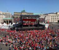 50,000人の大集会にSTMとGEOラインアレイを使用
