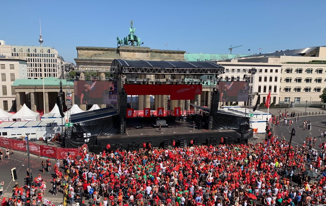 STM AND GEO LINE ARRAYS FOR RALLY OF 50,000