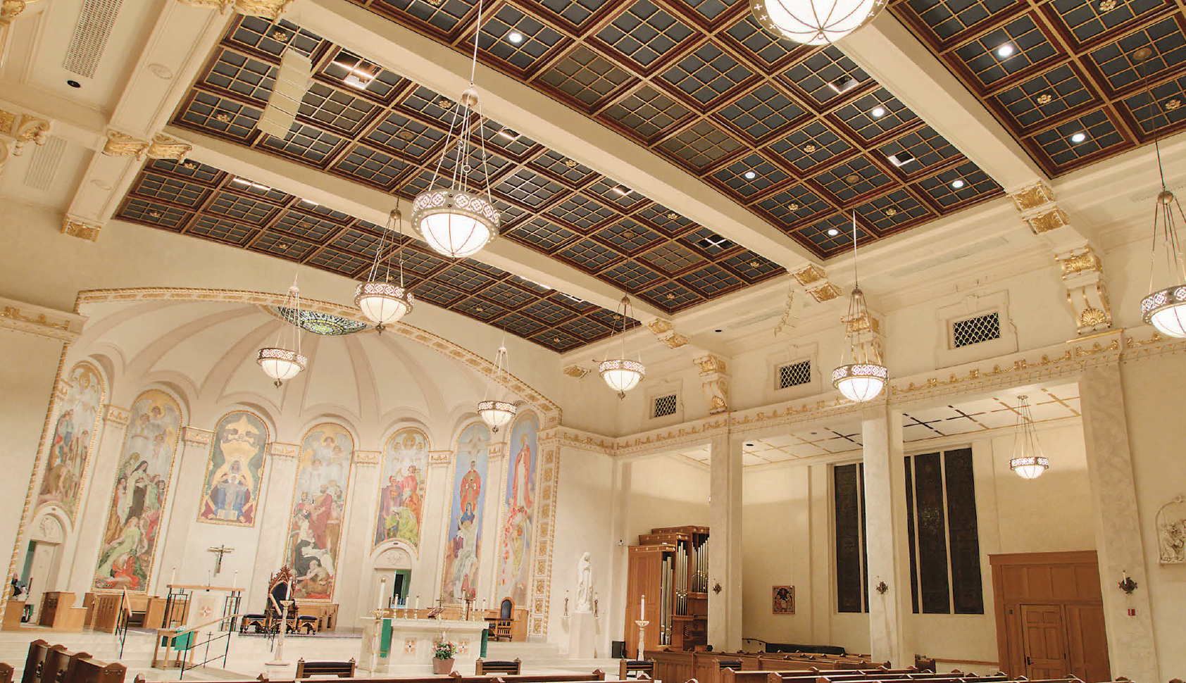 NEXO COMPACT LINE ARRAYS IMPRESS IN OREGON CATHEDRAL