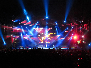 CHAO DI BRING NEXO GEO LINE ARRAY TO GUILIN STADIUM.